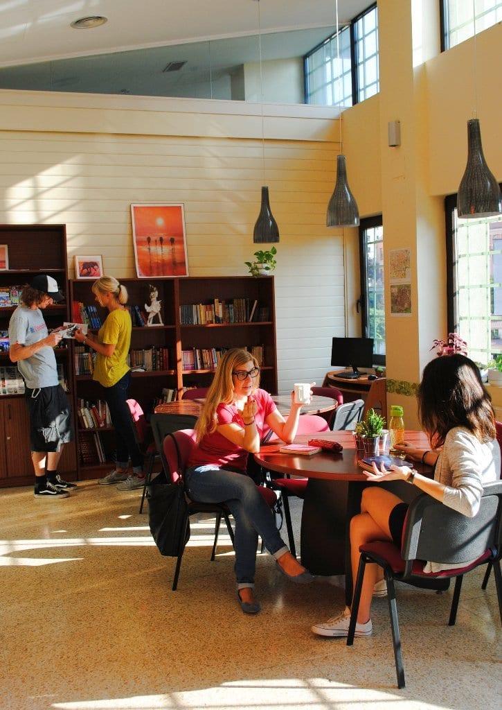 Biblioteca LINCE escuela de español
