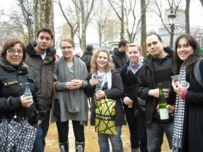 Estudiantes de español en Bilbao en la feria de Santo Tomás